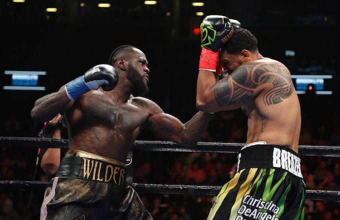 pelea boxeo deontay wilder contra dominic breazeale, entrenar boxeo, velada, victoria, campeon